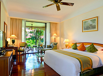 Description A Premier 5 Star Hotel In Siem Reap On The Road To Angkor Wat Elegant Beautifully Ointed Rooms And Suites As Well Complete